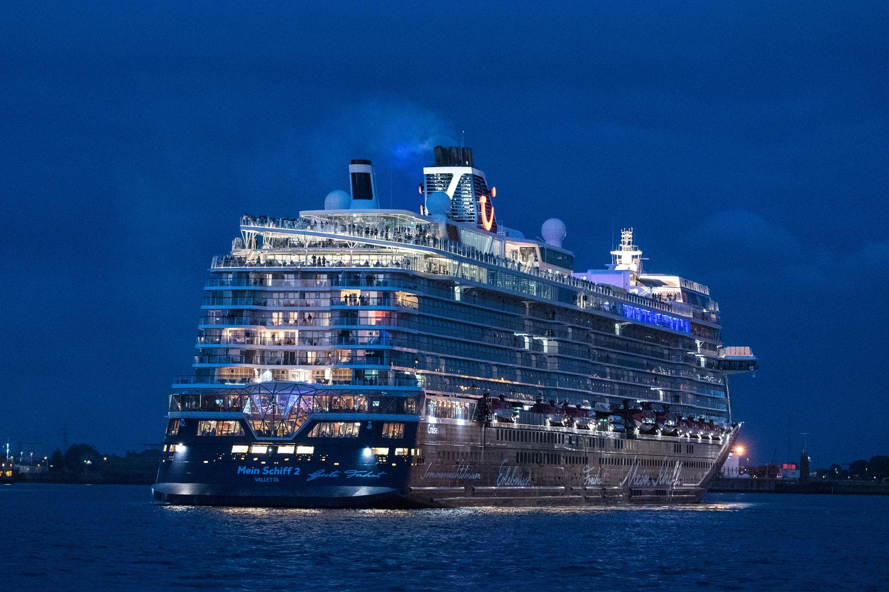 Cruise Ship Reviews